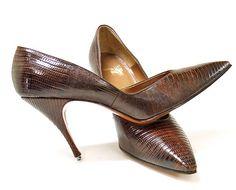 Vintage 1950s brown leather stiletto pumps by mysweetiepiepie, via Flickr