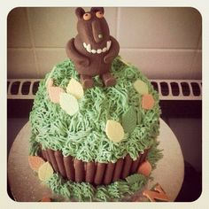 A lovely Gruffalo cake! Gruffalo Party, Party Activities, Cakes For Boys, Girl Birthday, Boy Or Girl, Ice Cream, Party Ideas, Desserts, Kids