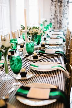Holiday tablescape: emerald green + stripes.