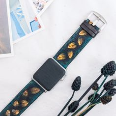 APPLE WATCH BAND LEATHER #Apple #AppleWatch #Lifestyle #Watch #minimal #minimalism #simplicity #luxury #fashion #beautiful #AppleWatchSeries3 #AppleWatchSport #AppleWatchEdition #AppleWatchNikePlus #ApplePencil #NikeLab #Watches #Series3 #iPhone #iPhone8 #iPhoneX #watchOS4 #AppleHub #gift #giftsforhim #giftsforher