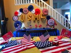 Marine Corps party decor Military Decorations, Retirement Party Decorations, Retirement Parties, Usmc Birthday, Marine Corps Birthday, Military Send Off Party Ideas, Military Party, Welcome Back Party, Welcome Home Parties