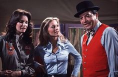 """L-R Jaclyn Smith, Cheryl Ladd, and Doyle in a scene from """"Charlie's Angels"""""""