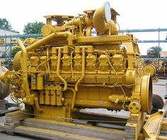 truck engines - Caterpillar engine