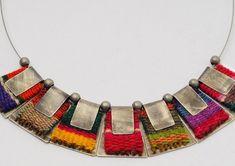 mmpascual joyeria Funky Jewelry, Metal Jewelry, Boho Jewelry, Jewelry Crafts, Jewelry Art, Jewelery, Jewelry Design, Thread Jewellery, Textile Jewelry