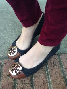 Tori burch flats. Love the brown and black combo. These would go with everything!