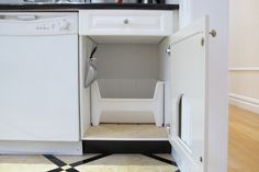 DIY tutorial on how to create a concealed cat litter box within a kitchen cabinet. Article includes advice on kitty litter, accessories and odor control. Cat Care Tips, Dog Care, Litter Box Enclosure, Pumpkin Dog Treats, Cat Scratching Post, Homemade Dog Food, Cat Health, Dog Behavior, Cabinet