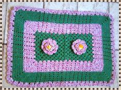 Meu Cantinho: Tapete Verde e Rosa em Crochê !!!