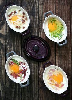 Huevos en cocotte  /  Si algú te ganes de provar una recepta facil i per sorpendre, ja esteu perdent el temps... Ja m'ho explicareu!