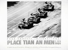 """Stuart Franklin fotografou o momento """"de David contra Golias"""" em Tiananmen"""