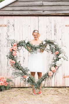 Photography: Patricia Hau Photography - www.patriciahauphotography.com  Read More: http://www.stylemepretty.com/australia-weddings/2015/02/14/floral-heart-inspiration/