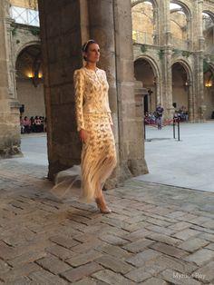 #desfile #monasteriosanjeronimo #sevilla #SIQHandcraft&Fashion #AlejandroPostigo #novia #moda #flecos #transparencias #AgenciaDobleErre #RaquelRevuelta
