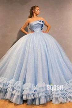 Blue Ball Gowns, Ball Gowns Evening, Tulle Ball Gown, Ball Gowns Prom, Ball Gown Dresses, 15 Dresses, Prom Dresses With Pockets, Pretty Prom Dresses, Beautiful Dresses