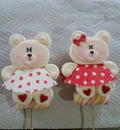 Marshmallows Decorados, Cute Marshmallows, Marshmallow Crafts, Marshmallow Cupcakes, Bear Cookies, Cupcake Cookies, Bricolage Halloween, Cute Snacks, Fondant Flowers