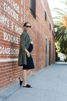 Is it possible to wear non-maternity clothes, for your entire pregnancy? Here's what I've discovered ladies! Click: frontroe.co/2y0Xrm9