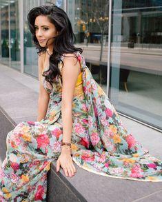 feelin' a lil sari. Floral Print Sarees, Saree Floral, Printed Sarees, Floral Prints, Beautiful Blouses, Beautiful Saree, Beautiful Models, Saree Draping Styles, Saree Styles
