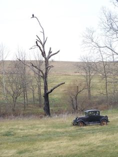 old farms missouri | Very Old Car On Farm In Missouri