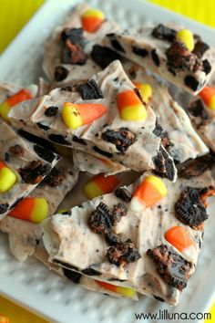 Halloween bark that is made in 5 minutes