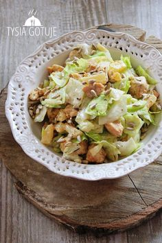 Pyszna sałatka z kurczakiem Kobieceinspiracje.pl Salad Recipes, Diet Recipes, Cooking Recipes, Healthy Recipes, Eat Healthy, Health Eating, Side Salad, Food Inspiration, Love Food