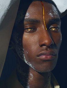 Fine Art and Dark Beauty Portrait Photography by Haris Nukem Black Is Beautiful, Beautiful Eyes, Beautiful Pictures, Story Inspiration, Character Inspiration, Character Art, Pretty People, Beautiful People, Beautiful Women
