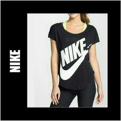 NIKE BLACK LOGO SLIM FIT TOP BLACK/BLACK NIKE EMBLEM SLIM FIT TOP 88% Cotton 12% SPANDEX Slim Fit Size Small Like new! Nike Tops Muscle Tees