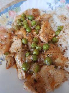Zöldborsós csirkemell ragú Diet Recipes, Chicken Recipes, Cooking Recipes, Healthy Recipes, Good Food, Yummy Food, Hungarian Recipes, Hungarian Food, Special Recipes