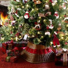 Plaid Tidings Christmas Tree - 9' | Pier 1 Imports