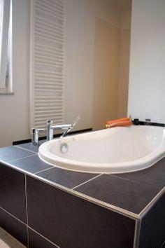 Fertighaus - Wohnidee Badezimmer #Haus #Fertighaus #Badewanne #Badezimmer #Licht #hell