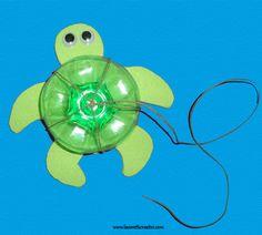 Tartaruga marina - riciclo creativo fondi di bottiglia