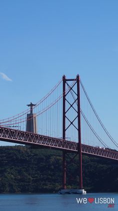 Lisbon bridge - Some say this is Golden Gate's twin sister. It boosts stunning views over the capital.