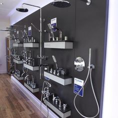 One of our displays in @loughtonbathrooms, opened recently, we love the end…  #flova