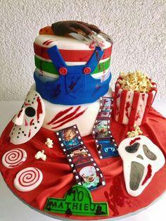 Scary Halloween Cakes, Scary Cakes, Adult Halloween Party, Halloween Desserts, Retro Halloween, Birthday Event Ideas, Birthday Ideas For Her, Birthday Parties, Birthday Cake For Husband