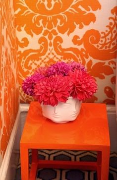 One of best examples of Orange and Pink love affair.