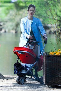 Peaches Geldof Photos: Peaches Geldof Takes a Stroll Through a London Park