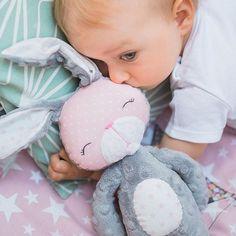 #handmadetoy#evasustekovaphotography #minky #baby #nurseryideas #slovakia #grey #blush #bunnyplushie @eva_sustekova_photography @sashe_sk  @byZuzug