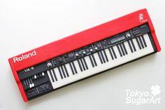 Miniature electric organ made by Tokyo SugarArt