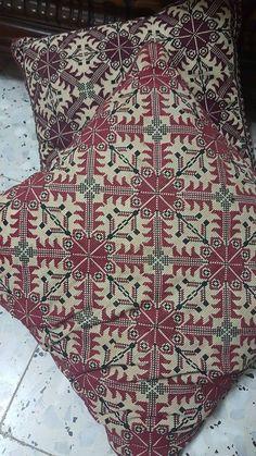 Palestinian Cross Stitch Pillow, Cross Stitch Embroidery, Cross Stitch Patterns, Cushion Cover Pattern, Palestinian Embroidery, Needlepoint Pillows, Crochet, Needlework, Bohemian Rug