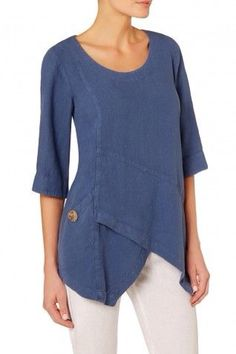 Sahara Asymmetric Linen Tunic - Montpelier mod- deepen the side panels to princess lines and add lower body email overlap Fashion Over 50, Look Fashion, Fashion Outfits, Gothic Fashion, Sewing Clothes, Diy Clothes, Clothes For Women, Looks Plus Size, Linen Tunic