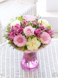 Send flower gifts in all counties including, Dublin, Cork and Galway with Flowers. We have wonderful collection of flowers available for same day and ne Best Flower Delivery, Online Flower Delivery, Flower Delivery Service, Valentines Flowers, Mothers Day Flowers, Summer Flowers, Cut Flowers, Anniversary Flowers, Summer Scent