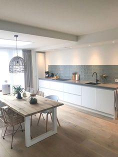 50 Best Modern Kitchen Design Ideas - The Trending House Kitchen Interior, New Kitchen, Interior Design Living Room, Kitchen Ideas, Room Kitchen, Kitchen Corner, French Kitchen, Interior Livingroom, Awesome Kitchen