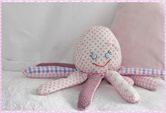 Kuscheltiere - Oktina das Krakenmädchen - ein Designerstück von HausLiliput bei DaWanda