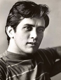 Young Martin Sheen in High Sch. is listed (or ranked) 1 on the list 20 Pictures of Young Martin Sheen Celebrities Then And Now, Young Celebrities, Celebs, Jacques Perrin, Martin Sheen, Portraits, Pictures Of People, Star Wars, Look At You