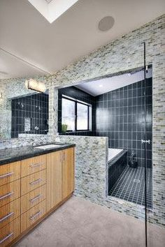 Tub Shower Combo Design, Pictures, Remodel, Decor and Ideas - page 2