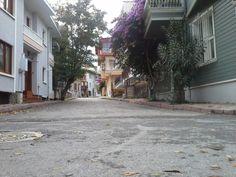 Zağnos Paşa sokağında tarihi yapılar...