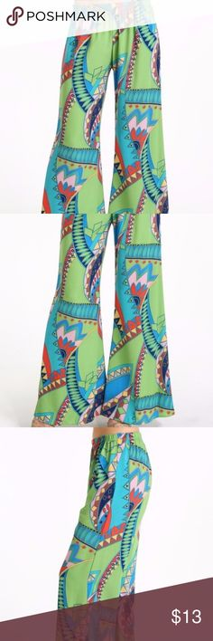 Geo Pallazo Brazil Pants Printed wide pallazo pants, with unique printn  Size: S/6  100% Polyester  Made in Usa  #brazilpants#printedpants #pallazopants#widelegpants Yetts Pants Track Pants & Joggers