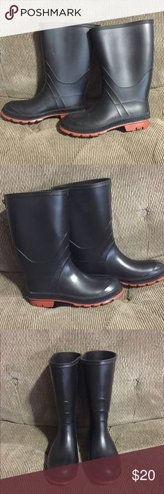 New Without Tags Rain Boots Black waterproof rain boots.  Size 6 but I'm normally a 6 1/2 to a 7 in women's and they fit me fine so IMO they run a little big (listing as a 6 1/2)   They could also easily be unisex boots since the color is neutral .  No box and no tags but never worn.     Tags: 6 6 1/2  6.5 7 black boots waterproof rain boots rubber bottoms fishing hunting gardening unisex NWOT Shoes Winter & Rain Boots