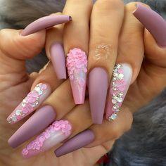 "2,627 Likes, 47 Comments - ˢᴬᴺᴰᵞ ᴸᴱ〰ᴳᵁᶜᶜᴵ_ᶠᴵᴵᴺᴬ (@fiina_naillounge) on Instagram: ""#nailitmagazine #nailprodigy #nailedit #guccifiina #fiina_naillounge #happy #nails #fashion #style…"""