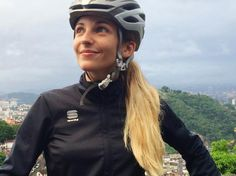 """Julia Favero on Instagram: """"Today I forced myself to ride in the rain and it was so worth it! I discovered new roads, saw some goats in the middle of the city (!!), visited a historic neighborhood and had a delicious Brazilian dessert and coffee at an amazing place. Life is happening outside and beautiful things are waiting for you out there. Go ride! Even if you don't feel like. It's always worth it. Always! You can check out the goats on my Snapchat -> julia-favero unreal! """""""