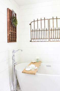 Farmhouse Style Bath