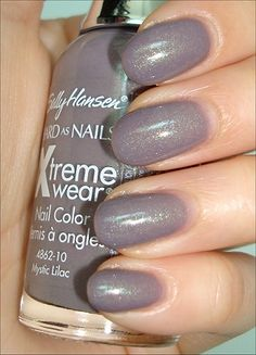 Sally Hansen Mystic Lilac – Diet and Slimming Hard Nails, How To Do Nails, Fun Nails, Pretty Nails, Purple Nail Polish, Nail Polish Colors, Sally Hansen Nails, Sally Nails, Mystic Nails