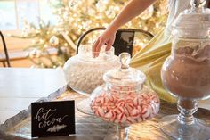 A hot-chocolate station might be the Gaines' best idea yet. #refinery29 http://www.refinery29.com/2016/11/130695/fixer-upper-chip-joanna-gaines-holiday-decorations#slide-4